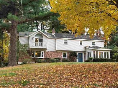 Clifton Park Single Family Home For Sale: 16 Wood Dale Dr
