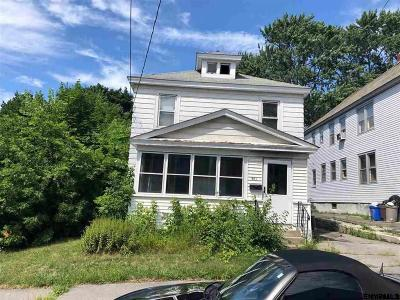 Schenectady Single Family Home For Sale: 561 Clarendon St