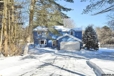 Wilton Single Family Home For Sale: 4 Saddlewood Tr