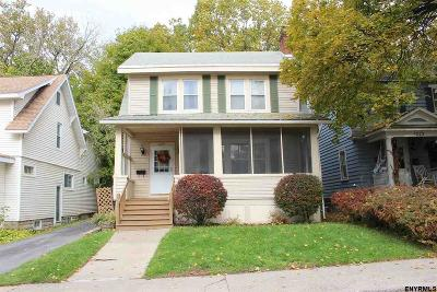Schenectady Single Family Home For Sale: 1219 Oxford Pl