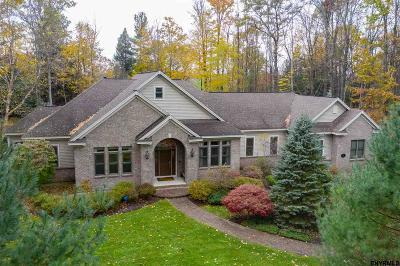 Saratoga Springs Single Family Home For Sale: 31 Winding Brook Dr