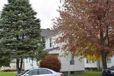 Mechanicville, Stillwater Single Family Home For Sale: 814 Elizabeth St