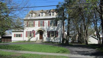 Schenectady Single Family Home For Sale: 1474 Lowell Rd