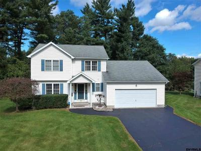 Guilderland Single Family Home For Sale: 15 Pauline Av