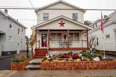 Schenectady Single Family Home For Sale: 1908 Jerome Av