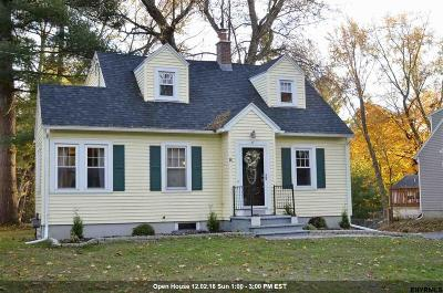 Bethlehem Single Family Home For Sale: 6 Albright Pl