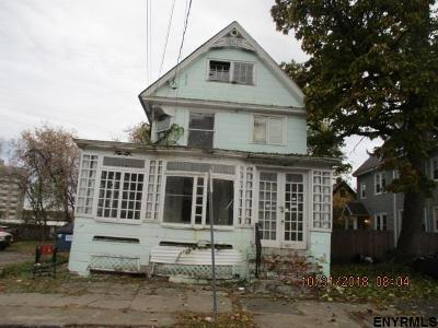 Gloversville NY Multi Family Home For Sale: $17,400