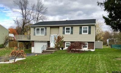 Rensselaer County Single Family Home For Sale: 18 Berkshire Dr