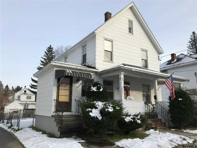 Gloversville NY Single Family Home For Sale: $77,000