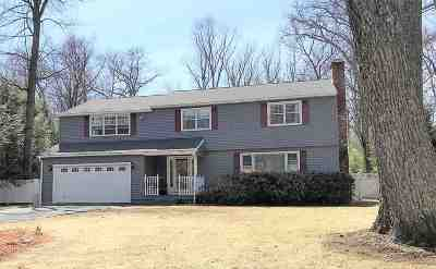 Queensbury, Fort Ann Single Family Home For Sale: 29 Twicwood La
