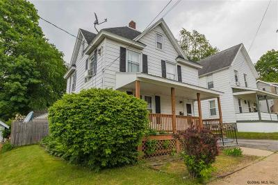 Gloversville Single Family Home For Sale: 25 Pleasant St