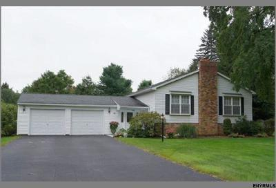 Guilderland Single Family Home For Sale: 51 Hiawatha Dr