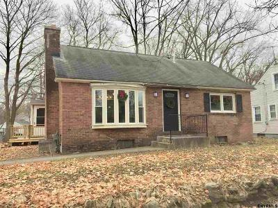 Washington County Single Family Home For Sale: 42 School St