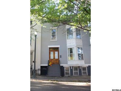Albany, Amsterdam, Cohoes, Glens Falls, Gloversville, Hudson, Johnstown, Mechanicville, Rensselaer, Saratoga Springs, Schenectady, Troy, Watervliet Single Family Home For Sale: 418 Grand St