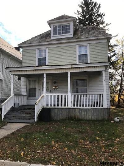 Schenectady Single Family Home For Sale: 142 North Brandywine Av