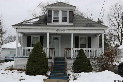 Gloversville Single Family Home For Sale: 17 Spruce St