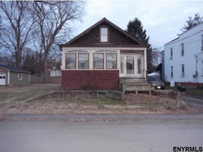 Rensselaer County Single Family Home For Sale: 89 North Crystal St