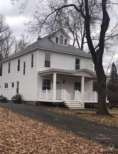 Colonie Single Family Home For Sale: 301 Old Loudon Rd
