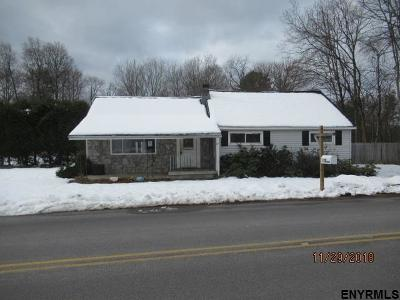 Greenfield, Corinth, Corinth Tov Single Family Home For Sale: 111 Grange Rd