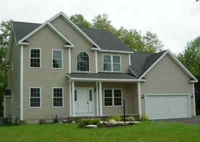 Ballston Spa Single Family Home New: 935 Macarthur Dr