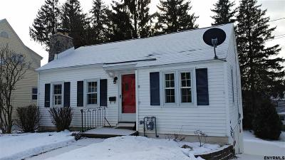 Gloversville Single Family Home For Sale: 11 Wooster St