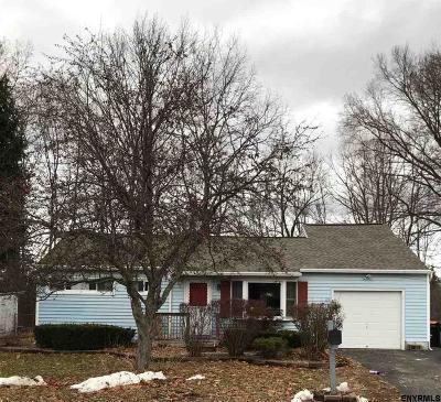 Colonie Single Family Home New: 13 Quaker Dr