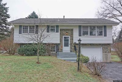 Colonie Single Family Home New: 8 Belaire Dr
