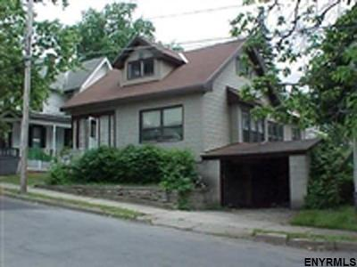 Gloversville NY Single Family Home For Sale: $44,000
