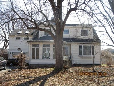 Single Family Home For Auction: 9 Nielsen Rd