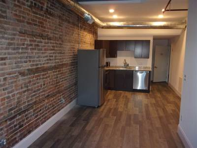 Fulton County Rental For Rent: 22 W Main St
