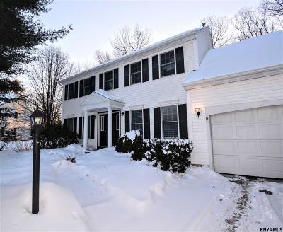 Clifton Park Single Family Home For Sale: 5 Plantation Crest