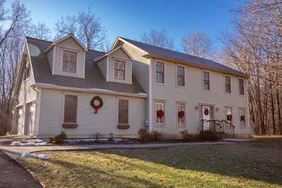 Clifton Park Single Family Home For Sale: 716 Tanner Rd