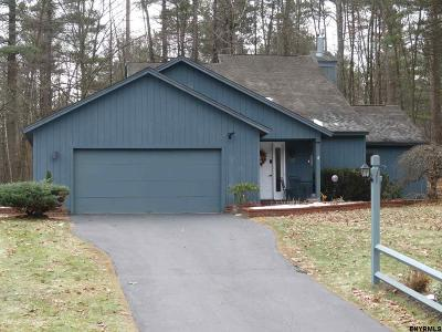 Malta Single Family Home For Sale: 95 Meadow Rue Pl