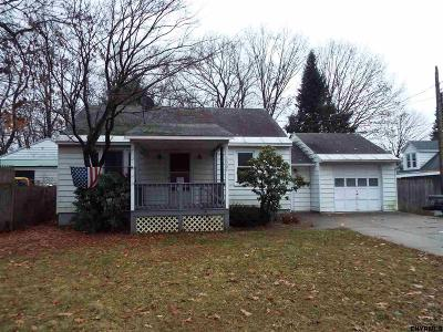 Schenectady Single Family Home For Sale: 2034 Gray St