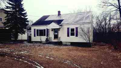 Cohoes Single Family Home For Sale: 370 Columbia St