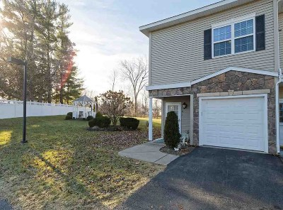Cohoes Single Family Home For Sale: 101 Avalon Pl
