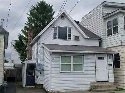 Cohoes Single Family Home For Sale: 115 Breslin Av