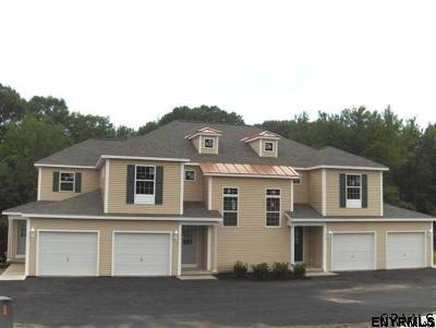 North Greenbush Single Family Home For Sale: 102 Royale Ct