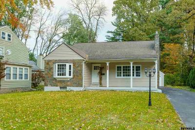 Niskayuna Single Family Home For Sale: 1908 Dean St