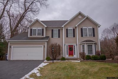 Clifton Park Single Family Home For Sale: 9 Donswood Ct