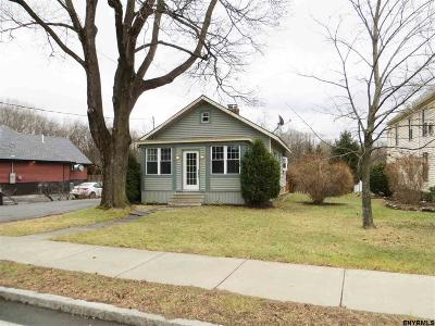 Voorheesville NY Single Family Home For Sale: $179,900