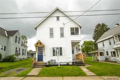 Gloversville Single Family Home For Sale: 32 Walnut St