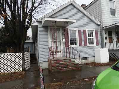 Troy Single Family Home For Sale: 461 6th Av