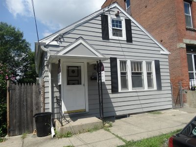 Single Family Home For Sale: 275 9th St