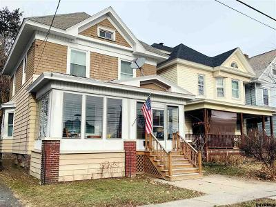 Albany Single Family Home For Sale: 19 Summit Av