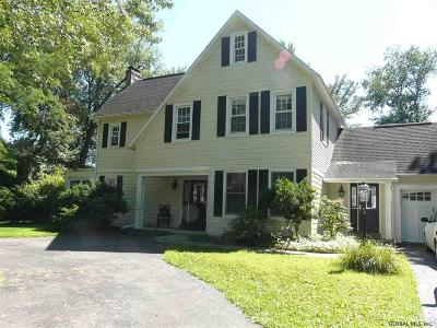 Colonie Single Family Home For Sale: 69 Upper Loudon Rd