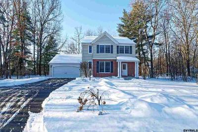Malta Single Family Home For Sale: 15 Bayberry Dr