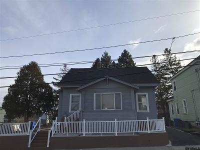 Albany Single Family Home For Sale: 1 Tremont St