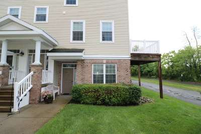 Cohoes Single Family Home For Sale: 5101 Admirals Walk Dr