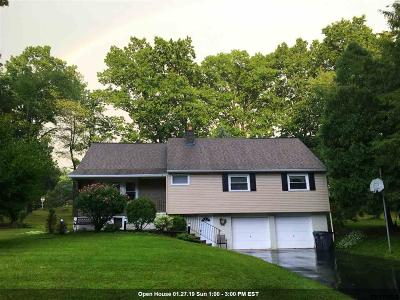 Colonie Single Family Home For Sale: 4 Old Valley Rd